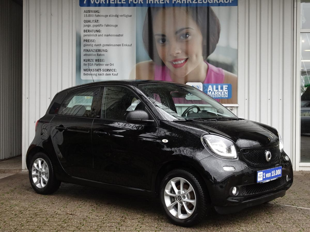 Smart ForFour passion COOL*AUDIO*LED*SENSOR*KOMFORT*PDC*SHZ*DAB*BT